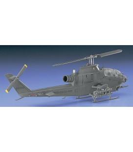 Hasegawa AH-1S Cobra Chopper 1/72